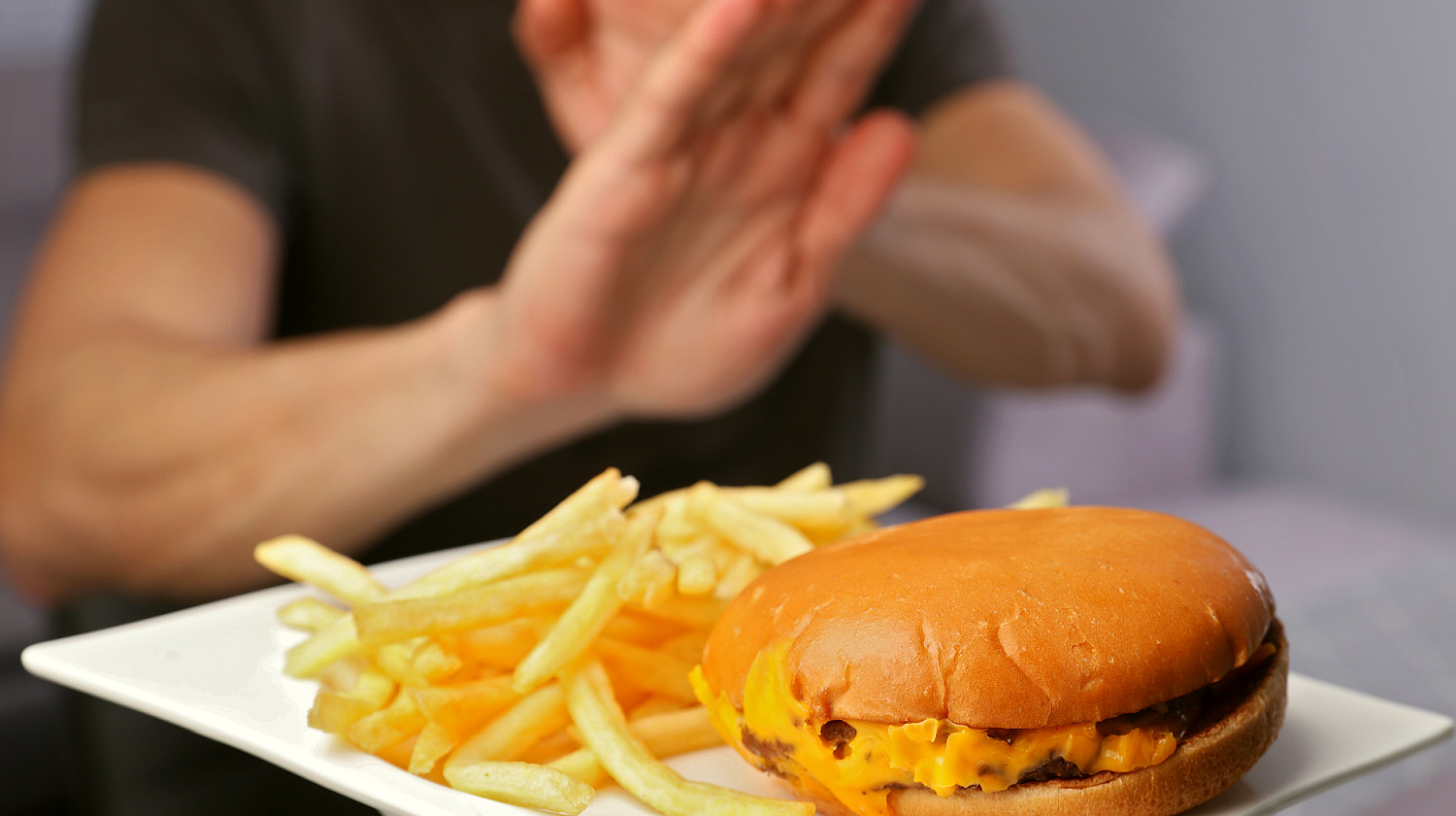Feature | Man refuses to eat junk food | Reasons To Stop Eating Processed Foods And 10 Healthy Swaps