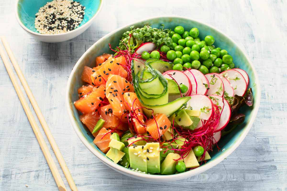 ahi poke bowl | Healthy Food Recipes That Can Boost Cognitive Function | healthy food list