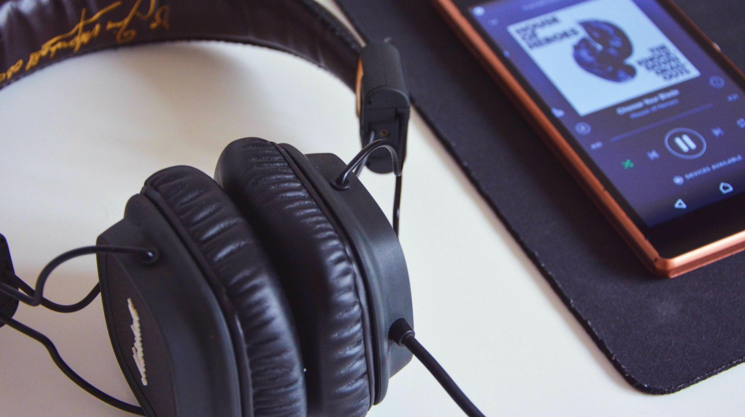 9 Benefits of Listening to Relaxing Music During Meditation | Well Org