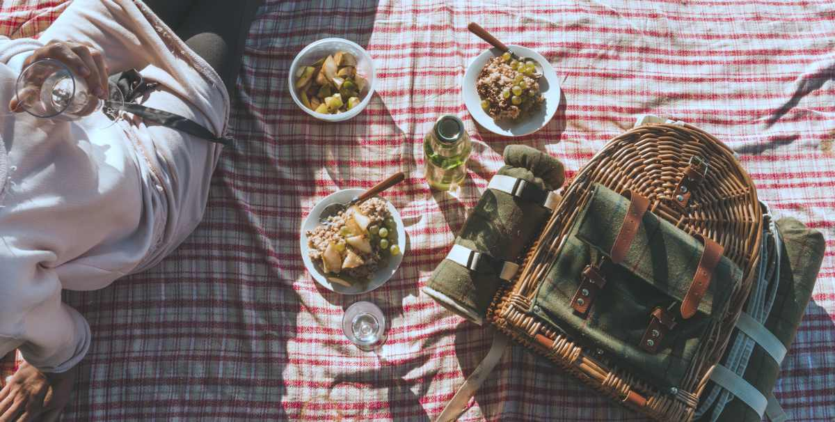 having a picnic | Ways To Go Outside And Relax In Nature This Summer | outdoors