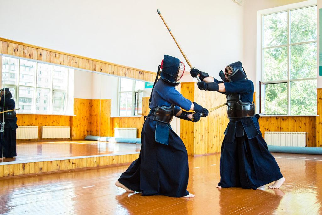 Photo of kendo fighters using shinai